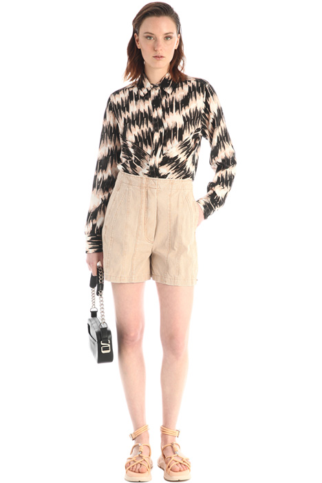 Stitched cotton shorts Intrend