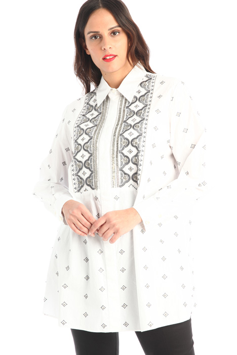Embroidered plastron shirt Intrend