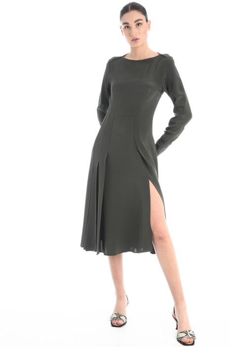 Silk dress with slit Intrend