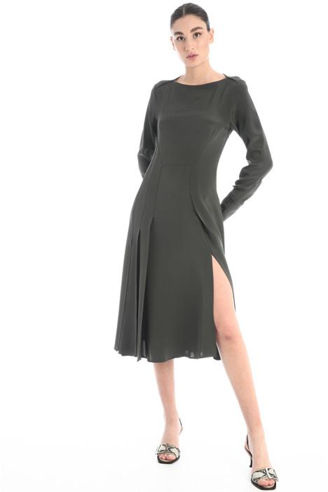 Silk dress with slit Intrend
