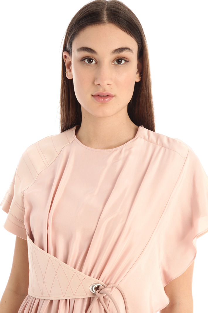 Dress with flounced sleeve Intrend