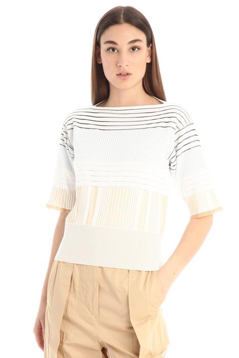 T-shirt in maglia a coste Intrend