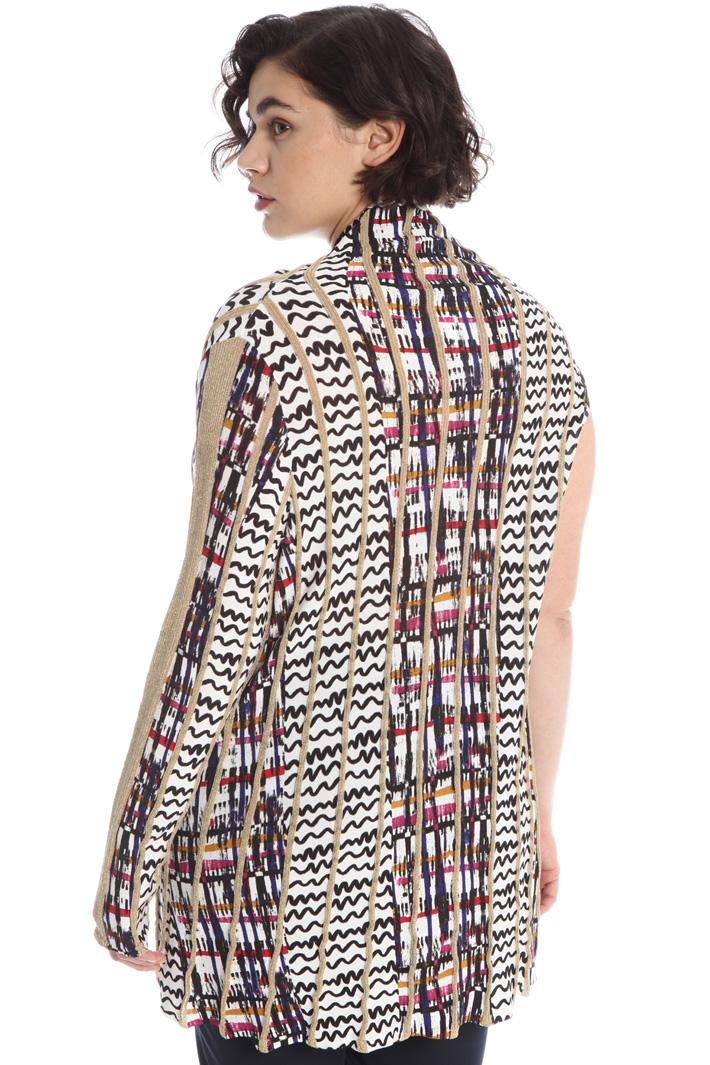 Asymmetrical sleeve sweater Intrend