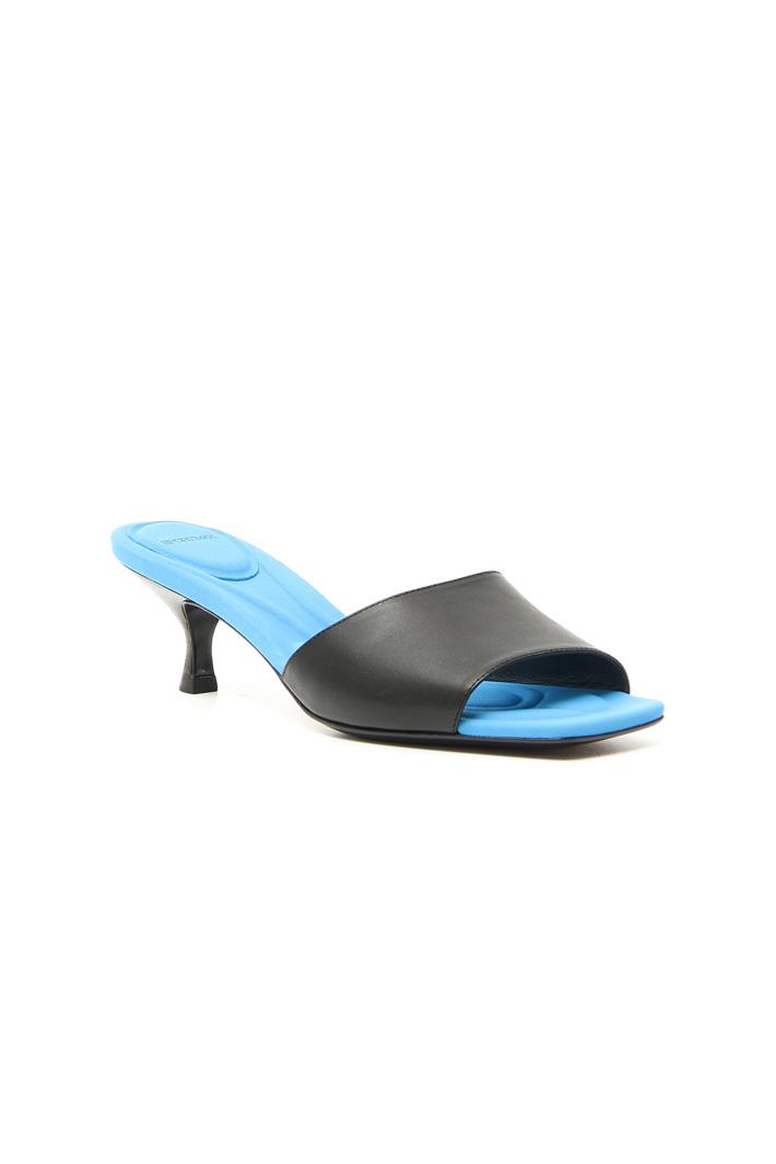 Sandalo in pelle con tacco Intrend