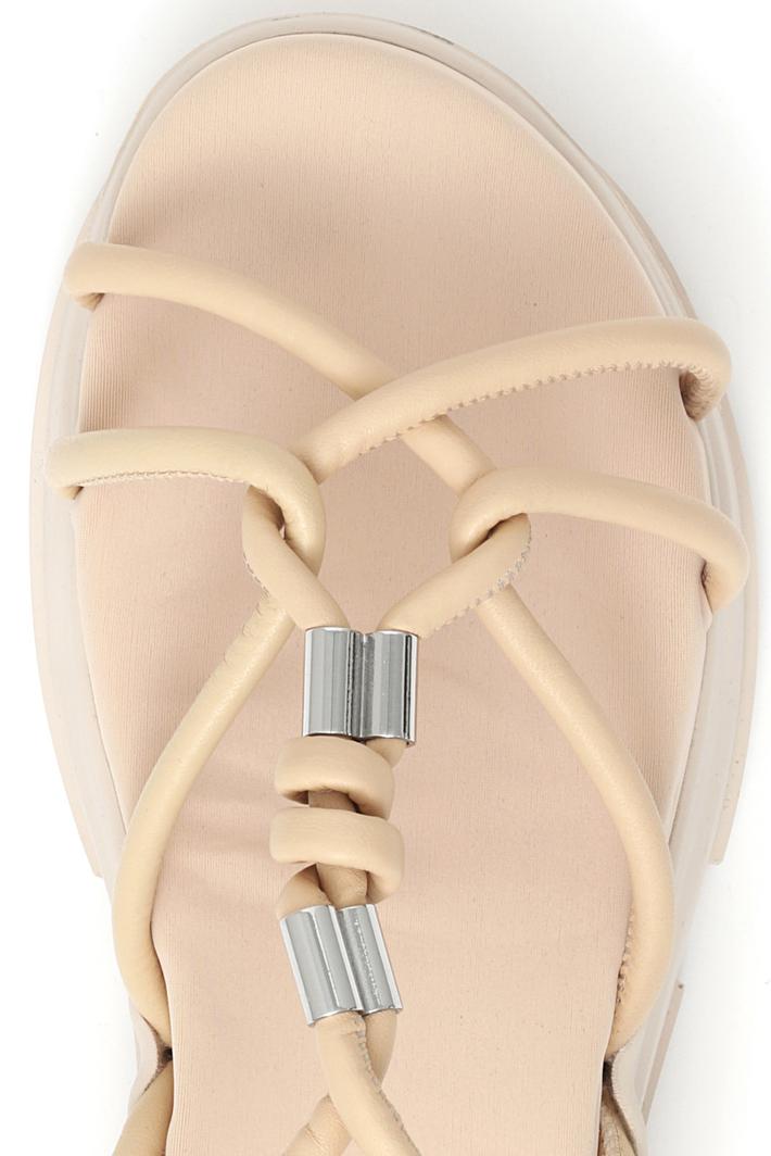 Sandali con lacci in pelle Intrend