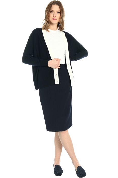 Pencil skirt with slit Intrend