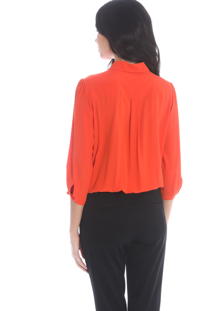 Knotted crepe shirt Intrend