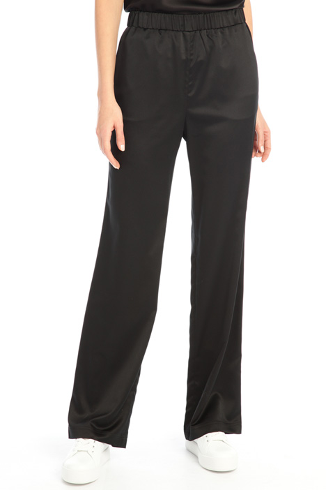 Fluid satin trousers Intrend