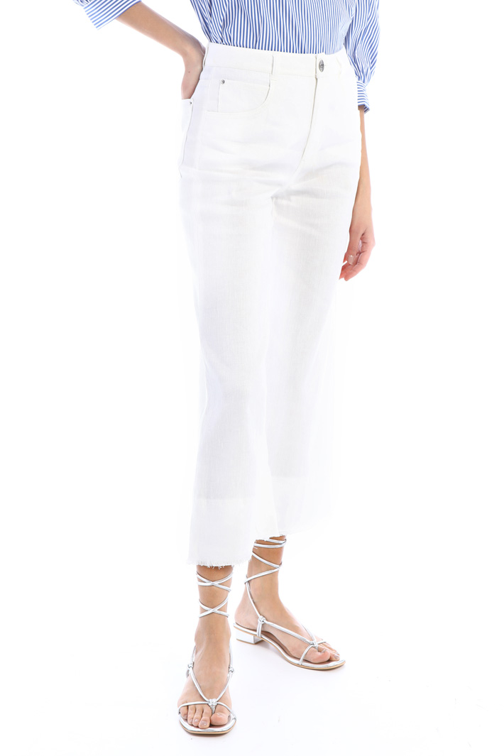 Fringed crop trousers Intrend