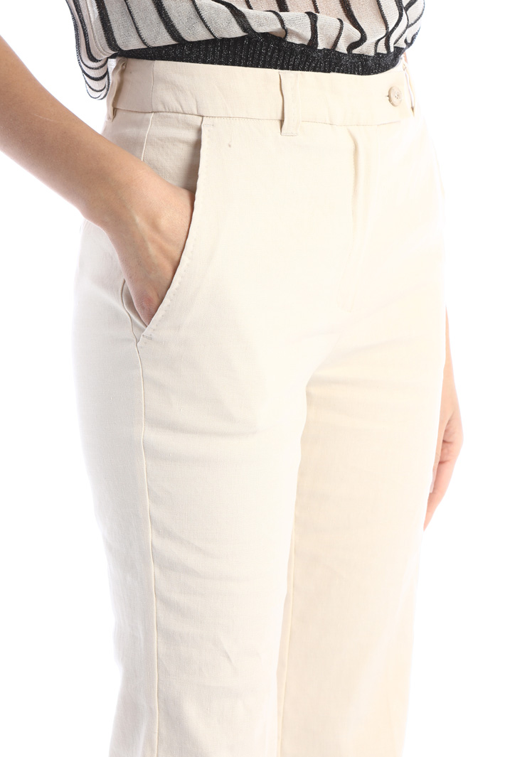 Flared woven trousers Intrend