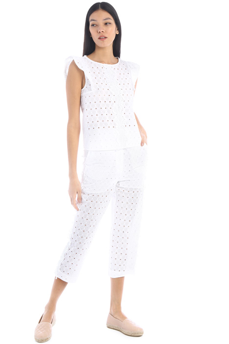 Cropped lace trousers Intrend