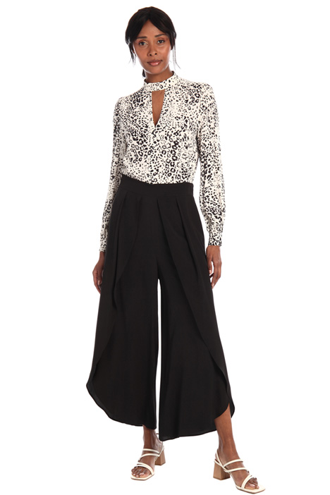 Crepe trousers with slits Intrend