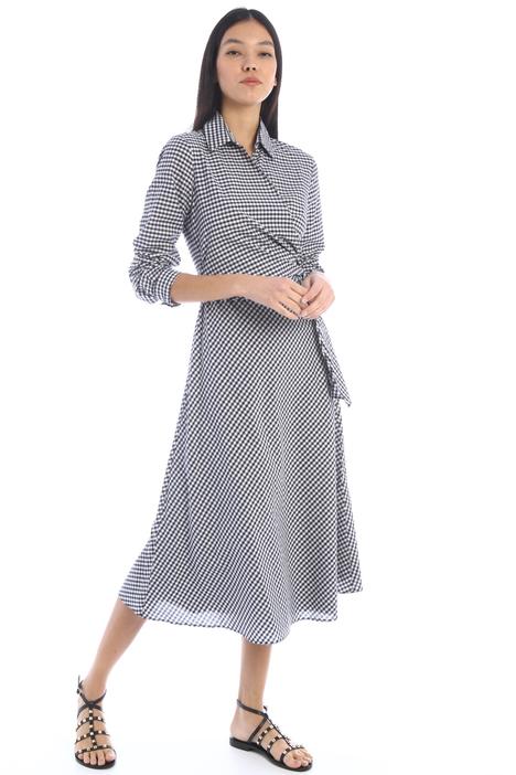 Semi-fitted muslin dress Intrend