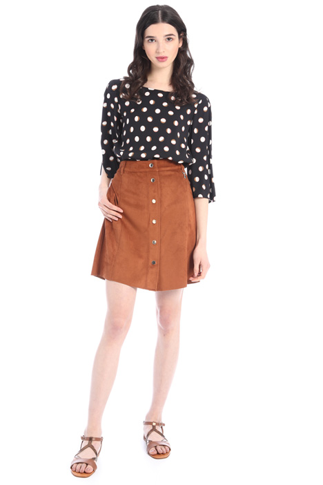 Short suede skirt Intrend