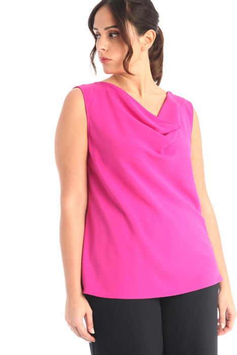 Draped crepe top  Intrend