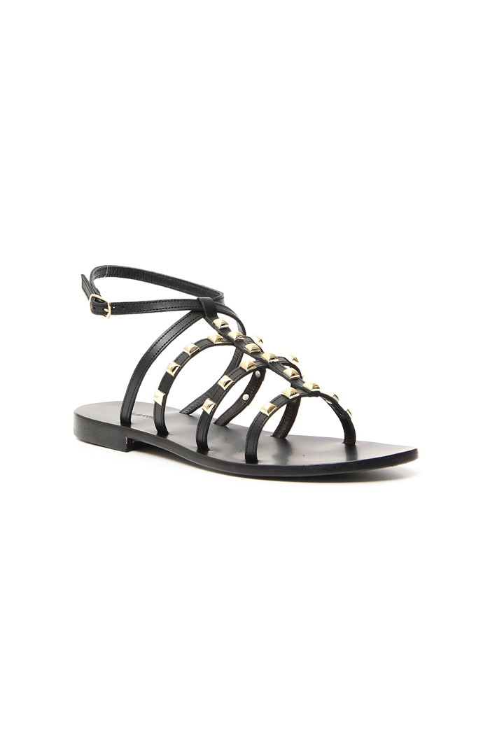Studded leather sandals Intrend