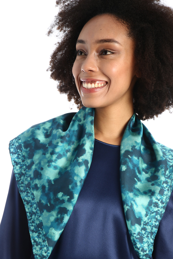 Printed pure silk scarf  Intrend