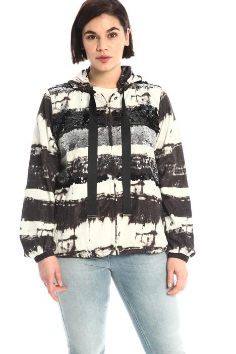 Embroidered taffeta jacket Intrend