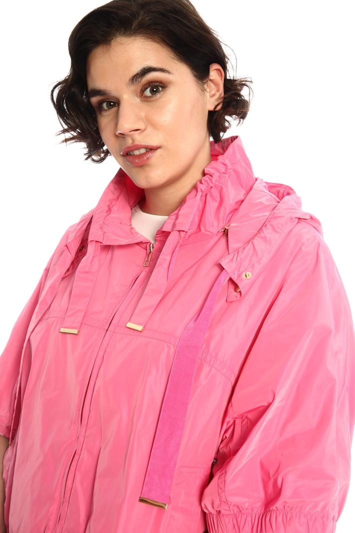 High collar taffeta jacket Intrend