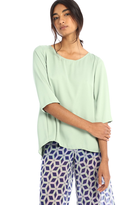 Flowing crepe blouse Intrend