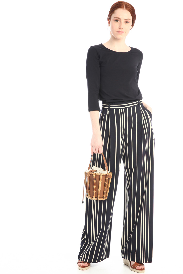 Flared twill trousers Intrend