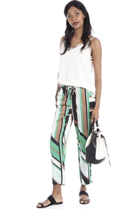 Crepe de chine carrot trousers  Intrend