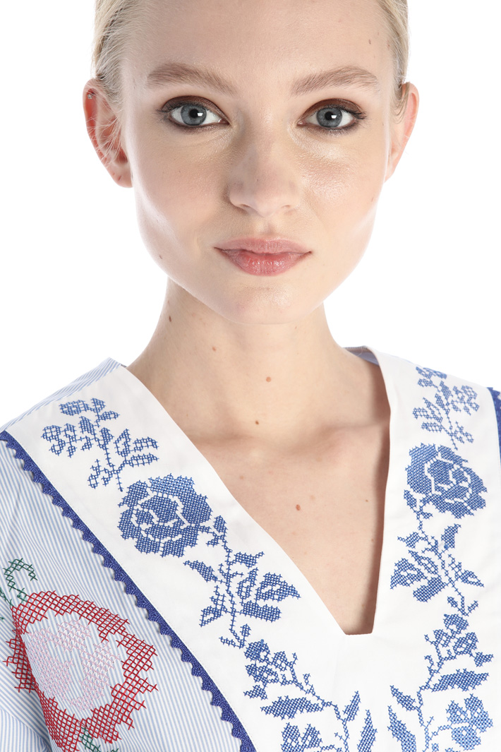 Embroidered shirt Intrend
