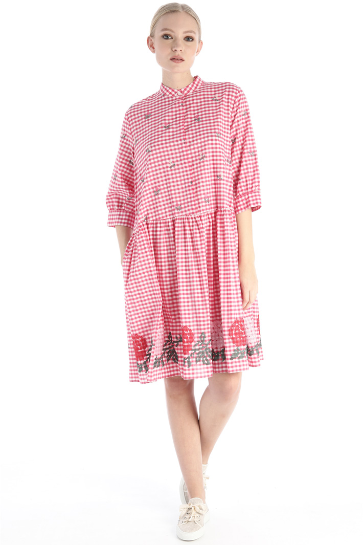 Embroidered dress Intrend