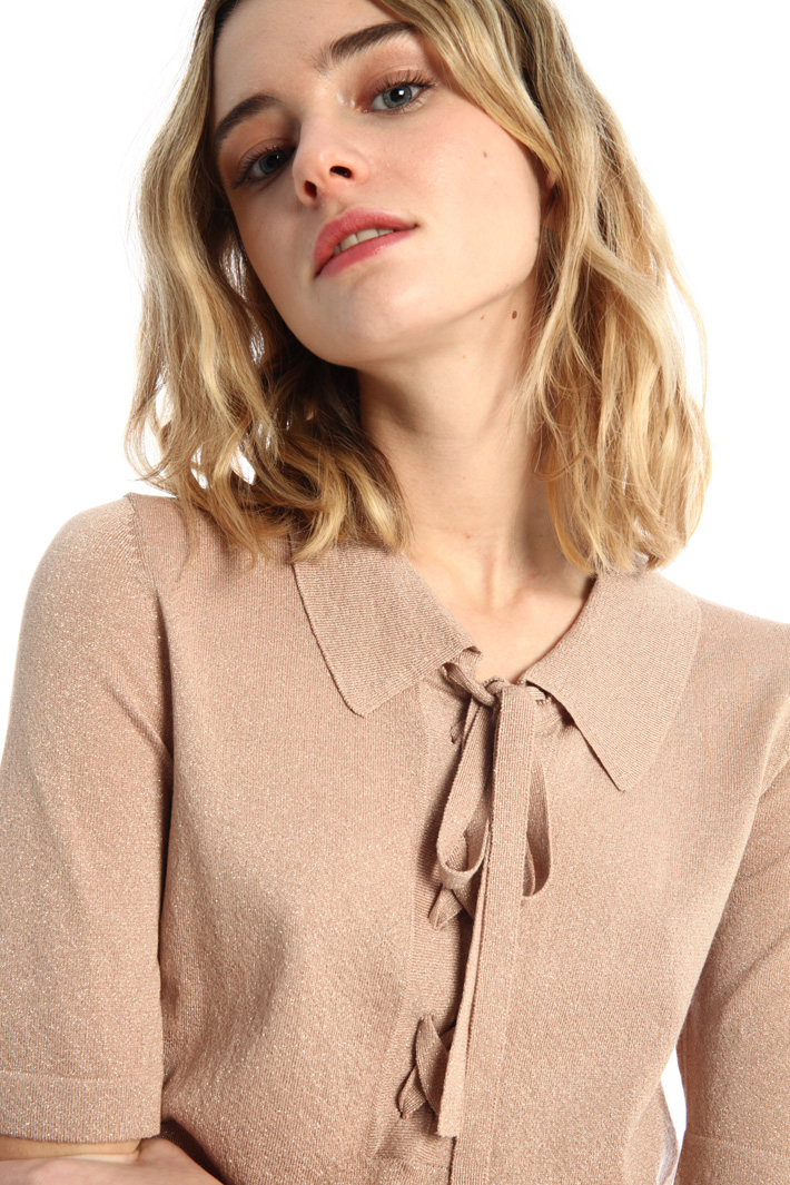 Bow-detailed T-shirt Intrend