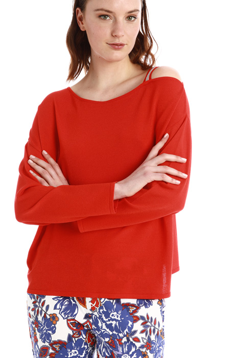 Asymmetrical sweater Intrend