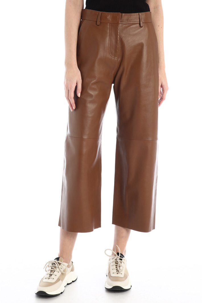 Crop leather trousers Intrend