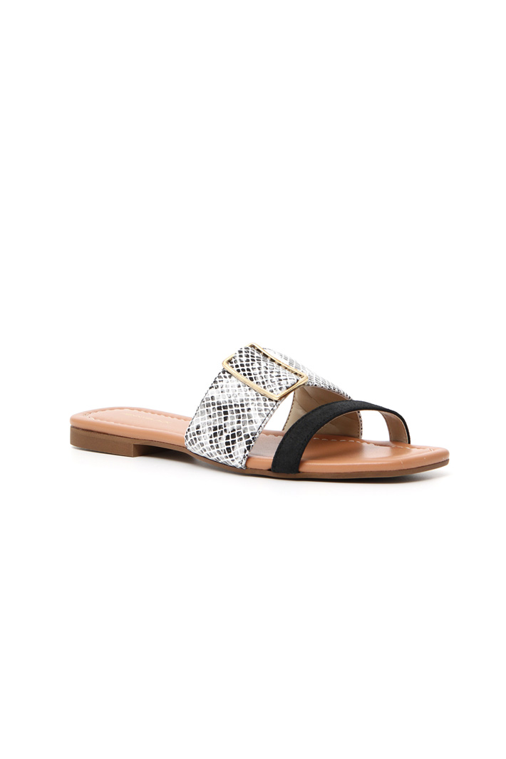 Leather slippers Intrend
