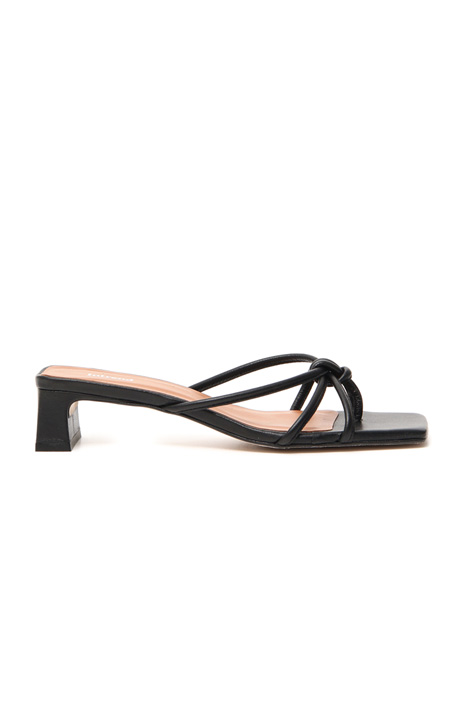 Braided leather sandals Intrend