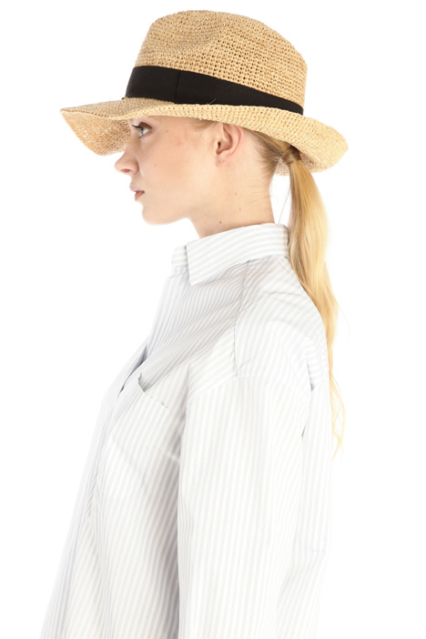 Hat in woven straw Intrend