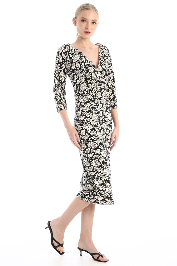 Semi-fitted jersey dress Intrend