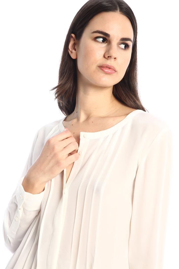 Pleated silk shirt Intrend