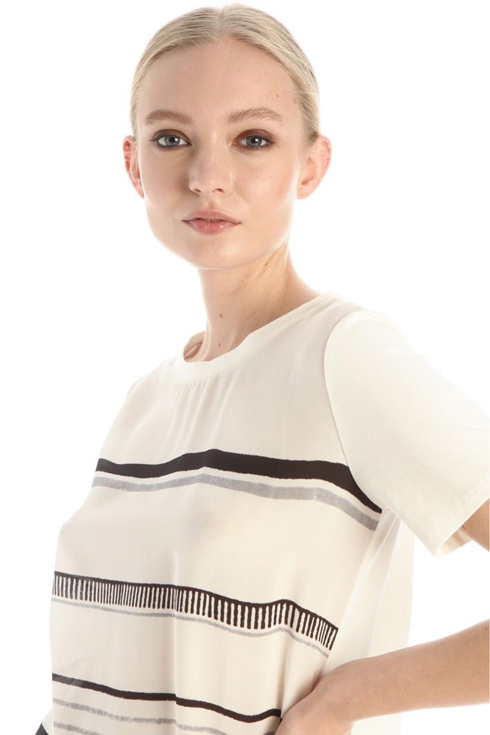 Satin and jersey T-shirt Intrend