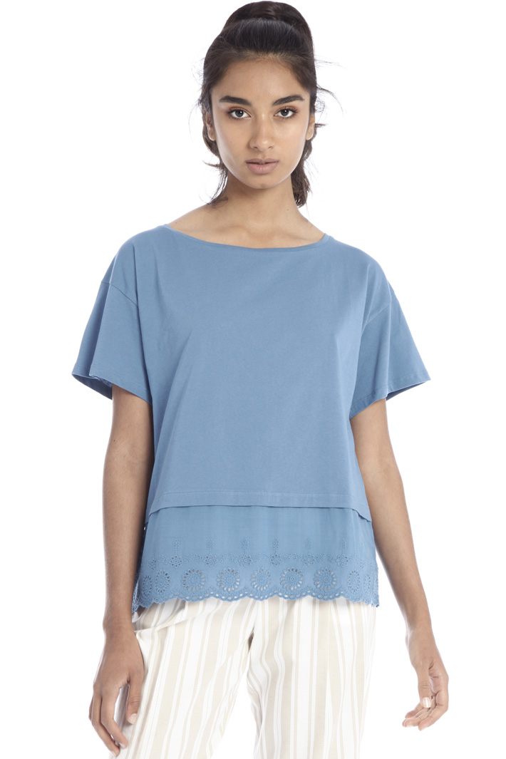 T-shirt with scalloped hem Intrend