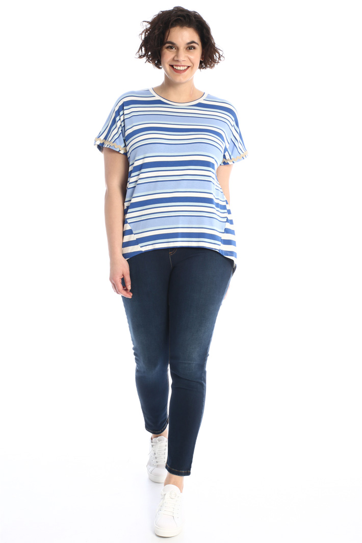 Embroidered jersey T-shirt  Intrend