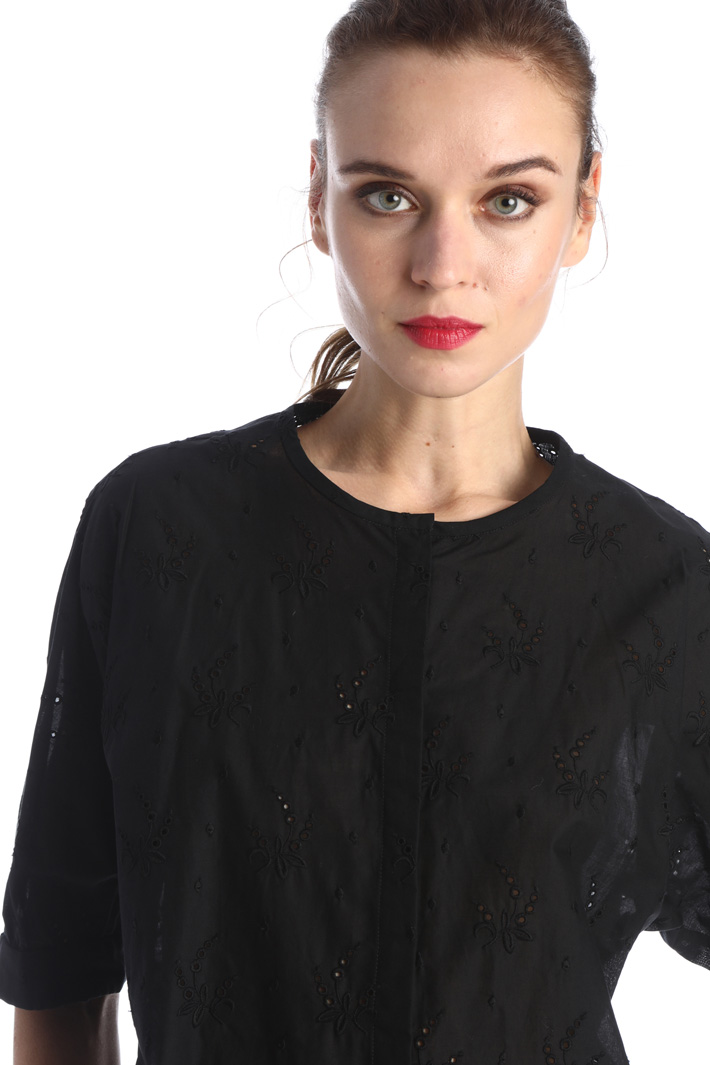 Broderie anglais blouse Intrend