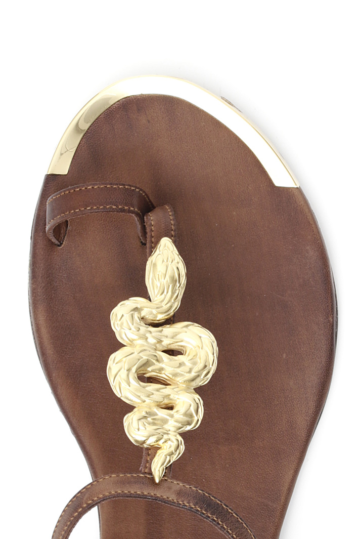 Leather and metal sandals Intrend