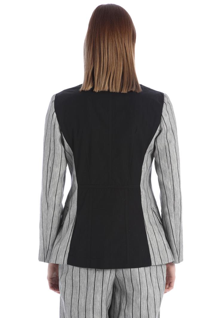 Asymmetrical linen blazer Intrend
