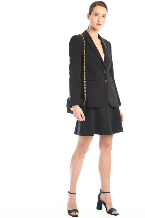 Short skirt in crepe fabric  Intrend