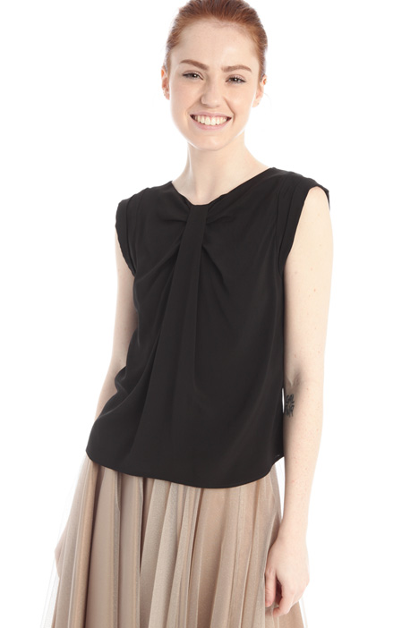 Knotted top Intrend