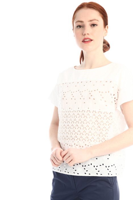 Broderie anglaise blouse Intrend