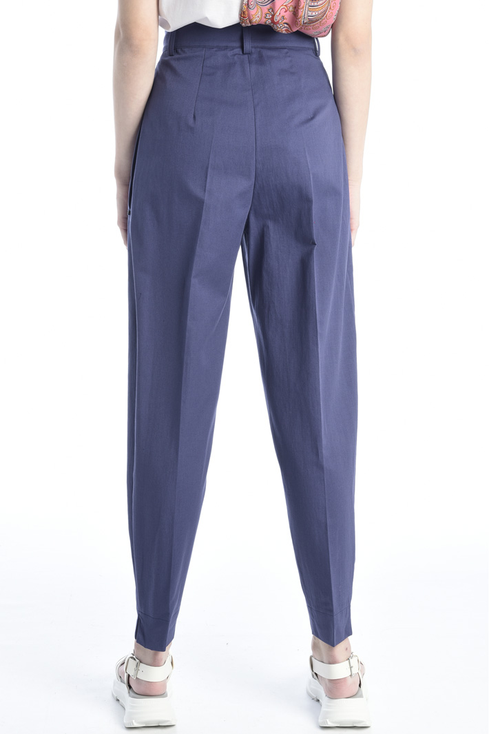 Carrot trousers in twill Intrend