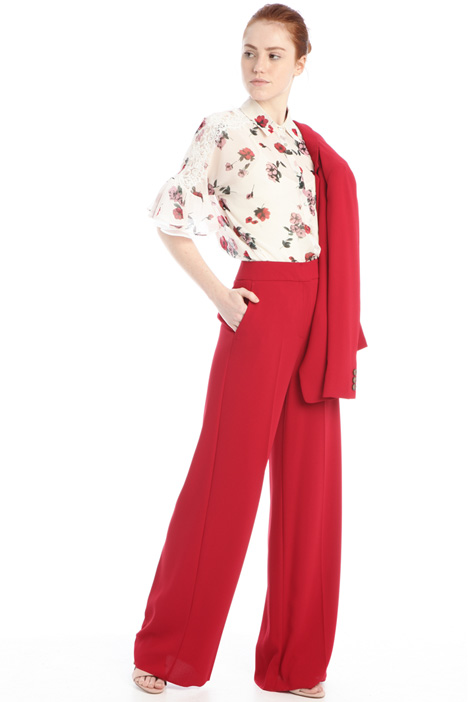Flared crepe trousers Intrend