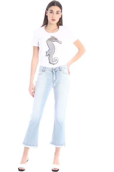 Jeans a zampa sfrangiati Intrend