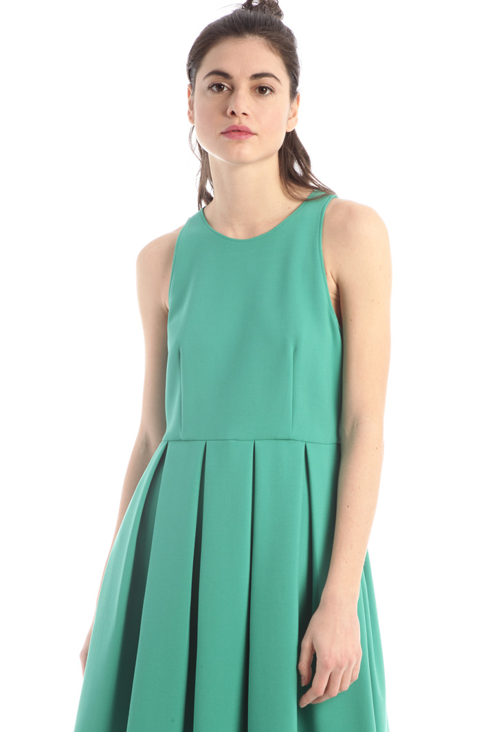 Pleated short dress Intrend