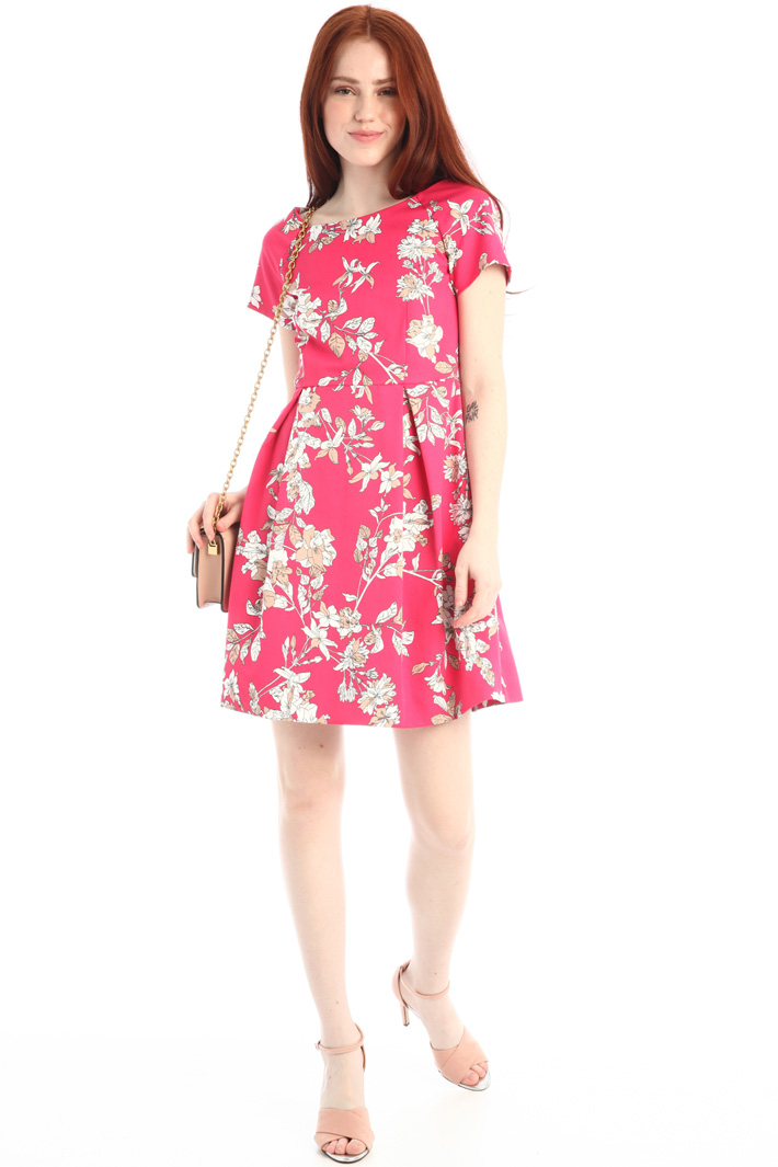 Semi-fitted faille dress Intrend